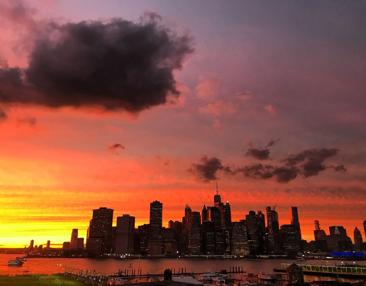 Manhattan skyline and east river
