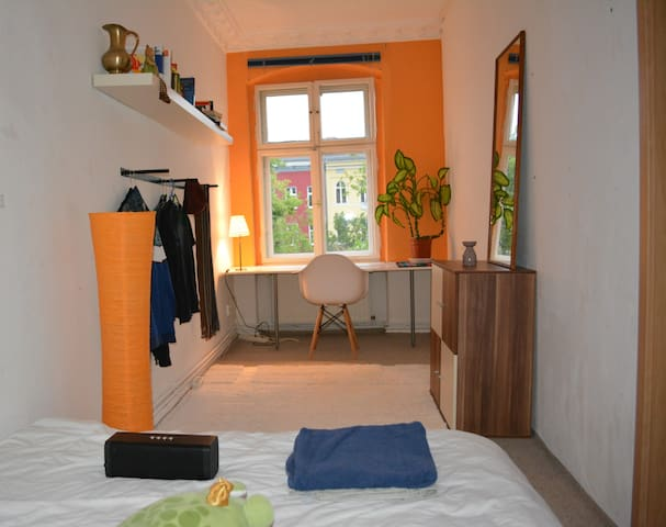 Apartment in the heart of Kreuzberg