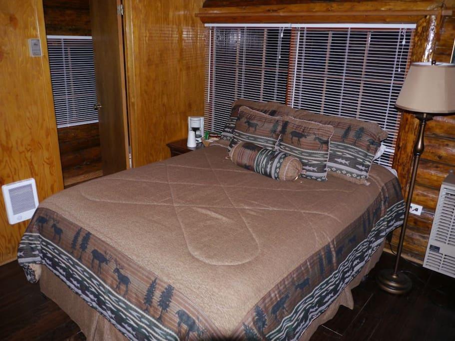A full bed; Serta Presidential.