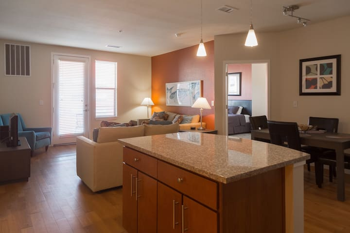 Broomfield furnished all-inclusive, flexible lease