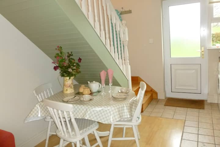 Cosy apartment in The Burren, Co Clare. Sleeps 2