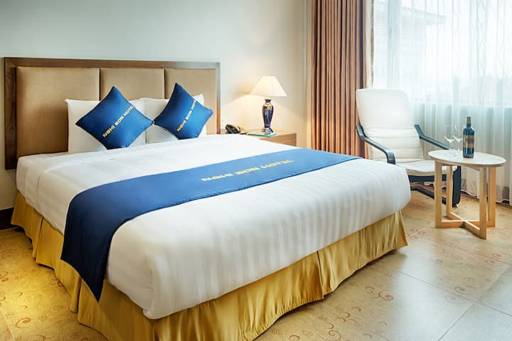 Premier Room King in Nghi Son Economic Zone