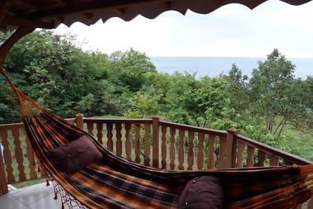 Sea view family wood house - Marigot - Talo