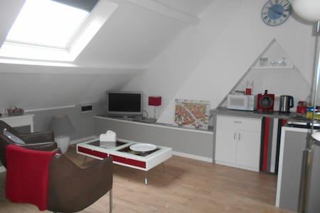 Tournai , studio  pour une personne
