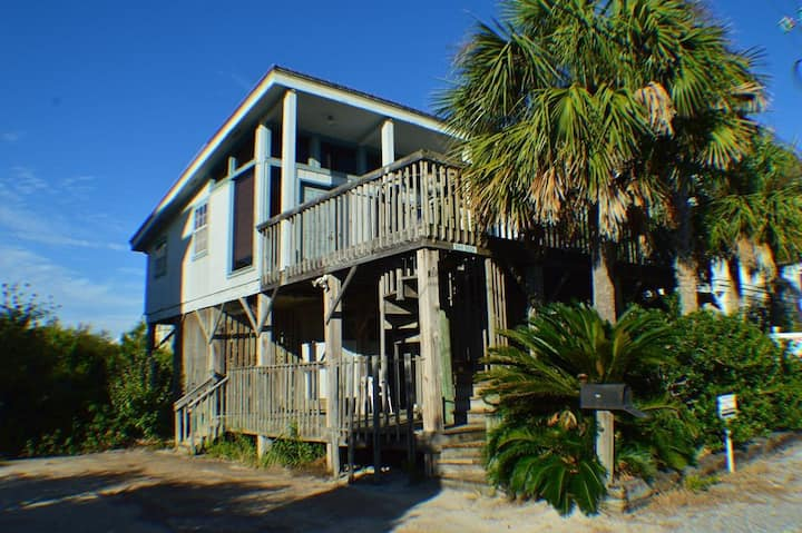 Rustic Beach Cottage in Seagrove! Directly Across the Street From the Beach