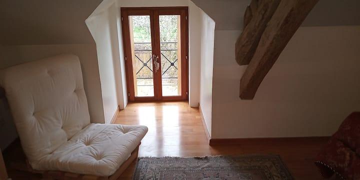 3 km de Guédelon .... Maison 2 chambres,2 sdb