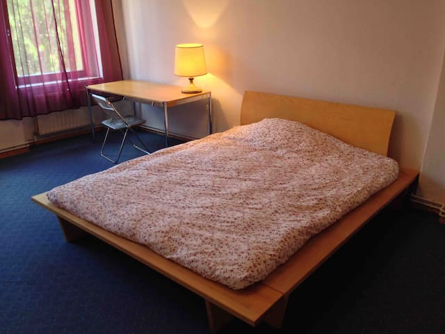private room in shared flat