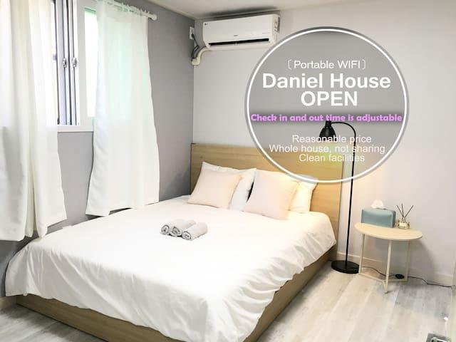 Daniel house2 (5mins Hongik Stn/ Portable Wifi)
