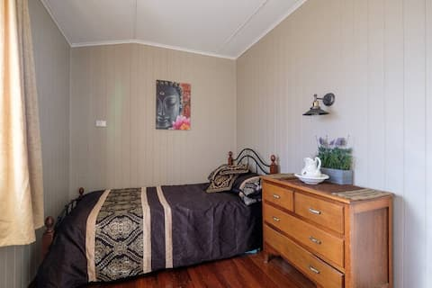 Your Own Private Room - Moorooka ... ..