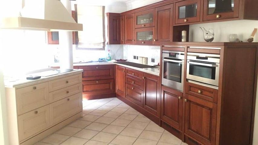 Beautiful Apartment near St Julian's & Paceville - Swieqi