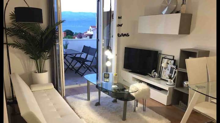 4 stars - APT NEW CHIC - LUX/CITY/BEACHES/CENTRAL