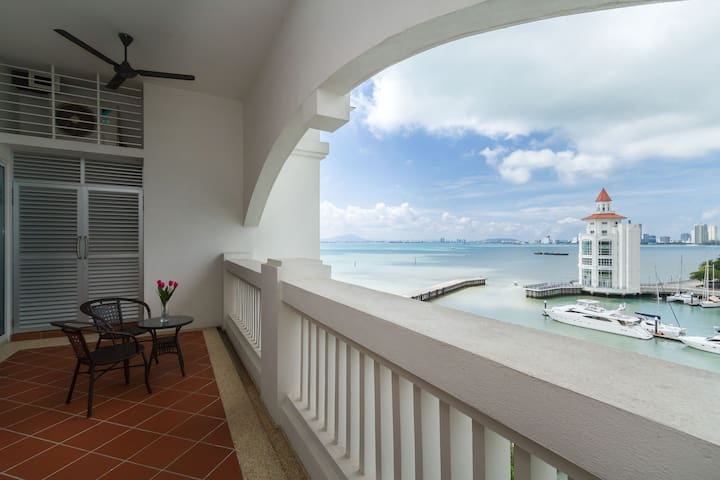 SEAFRONT COSY APARTMENT (SEAVIEW)寒舍 - Tanjung Tokong - Appartement