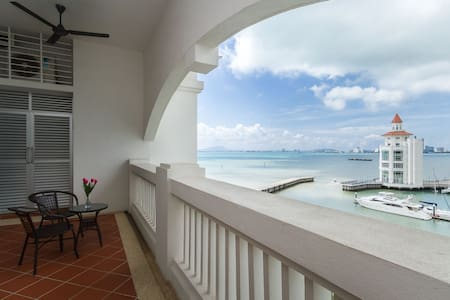 SEAFRONT COSY APARTMENT (SEAVIEW)寒舍 - Tanjung Tokong - Lejlighed
