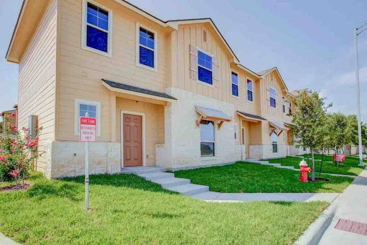 Two Bedroom Townhome College Station