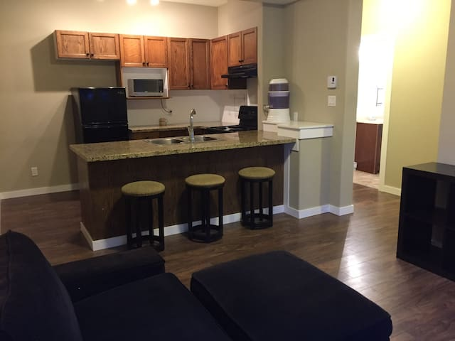 Clean, Private suite, Steps from town & adventure