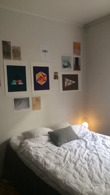 Updated photo of the bed space, with the bed turned and posters instead of shelfs :)