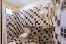 Private bathroom , soap & shampoo, towels and toilet paper