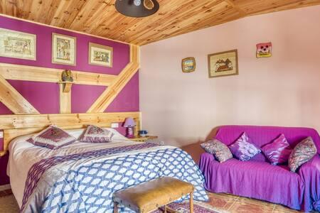 Simplistic Cottage in Barruecopardo with Garden
