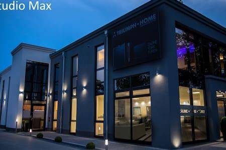 Studio Max für 10 Personen, Modern und nahe am BER - Rangsdorf - 独立屋