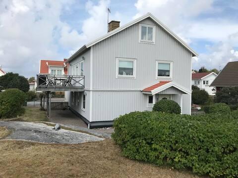 Hus med havsutsikt i paradiset Havstenssund