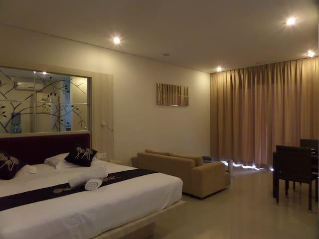 Studio pool villa 15 minutes to NusaDua Beach Bali