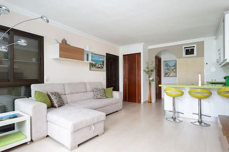 Nice Apart golf course with terrace, pool,internet
