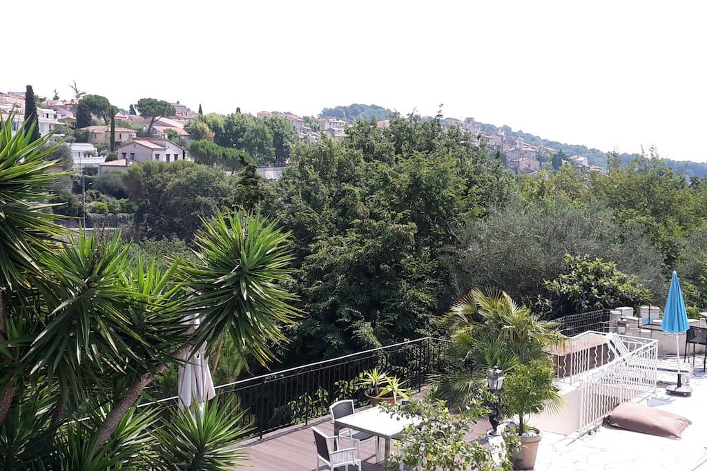 vue sur le village a 300m a pied