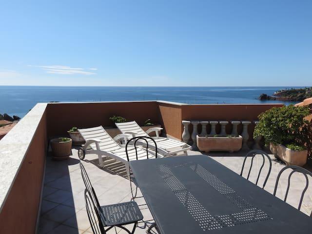 Apt 3/4 pièces Toit terrasse 28m² Vue Mer 360° D19