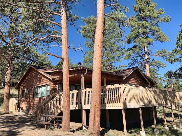 3-bedroom Cabin at YMCA of the Rockies