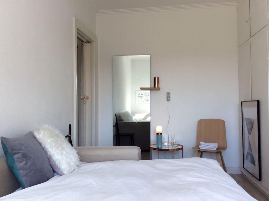 danish design studio 10min to center appartements. Black Bedroom Furniture Sets. Home Design Ideas