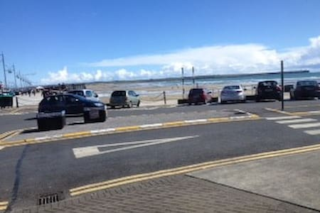 Apt 19, Ground Floor Beach Front 1bed apt - Tramore - Apartment