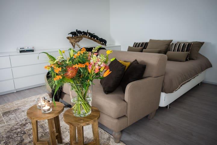 Relaxen aan de Oosterschelde in Studio No.8 - Wemeldinge - Flat