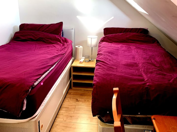 A Twin or Single Room near Headington Hospitals