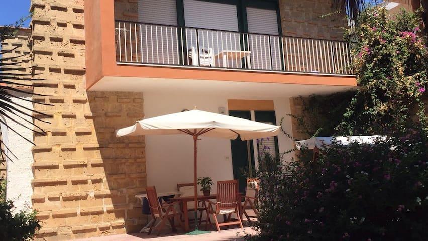 Appartamentino in Villa fronte mare Noto marina