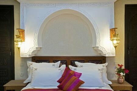 Un riad traditionnel - Machraa Al Ain - Bed & Breakfast