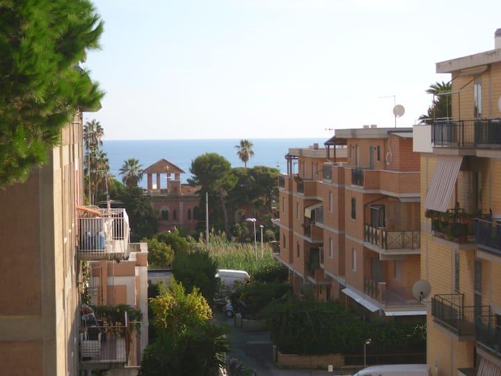 Appartamento centrale vista mare