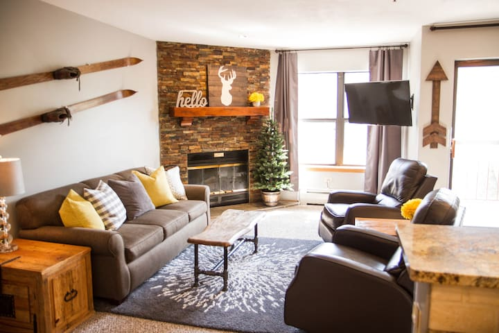 You found it! The best ski-in, downtown condo! - Breckenridge