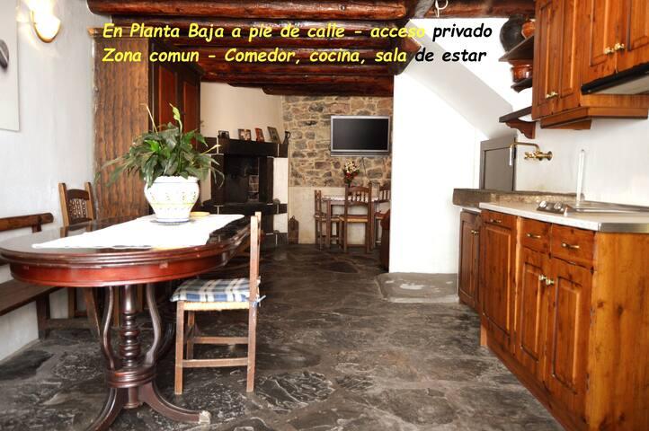 PEGUNTERO ORDESA - Casa 6/8 pax -Laspuña- Pirineo