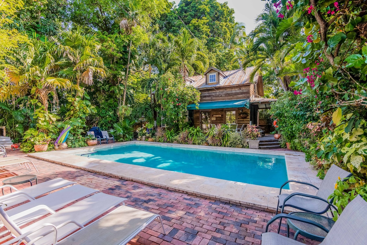 Heated Courtyard Pool At Garden Cottage Nice Look