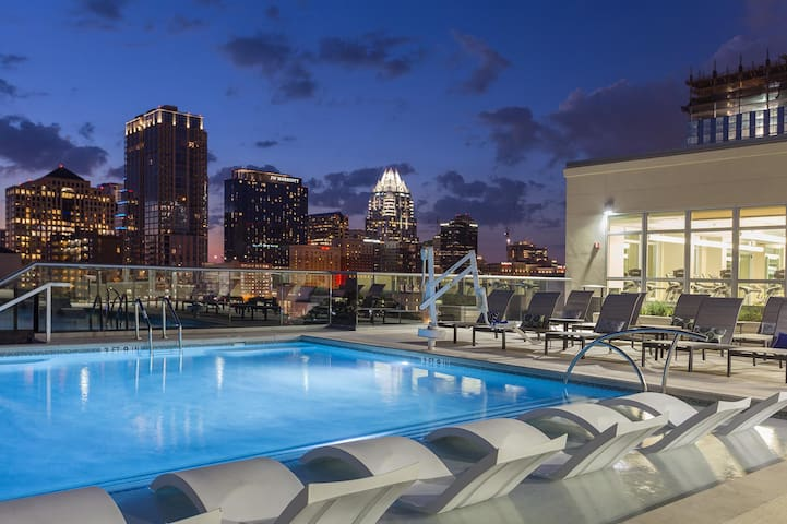 Luxury apt with great downtown and Rainey st view - Austin - Daire