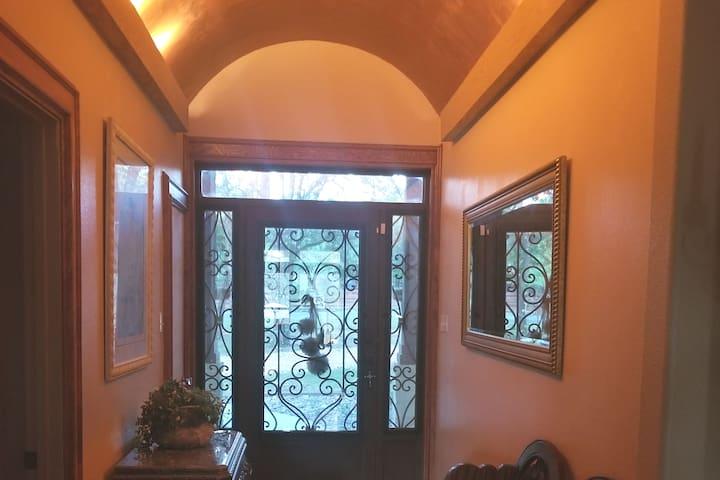 4 bedroom, 2.5 bath Home in Fair Oaks/Boerne area
