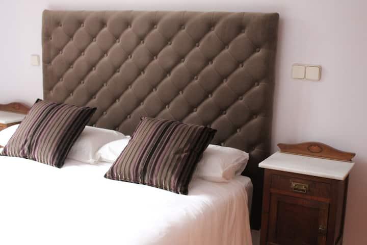 Hotel Rural Gay en Valdesaz (Hab.3)