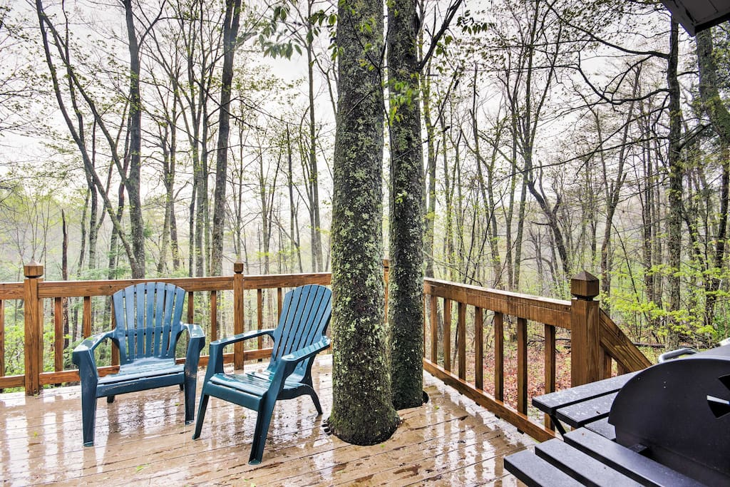 Relax on the deck and enjoy being outdoors in nature.