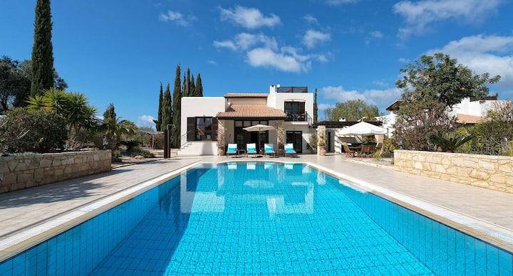Villa Anassa set in spacious private gardens