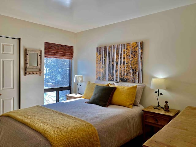 Master Bedroom (Queen bed).  Highlighting the wonderful area fall Aspens.