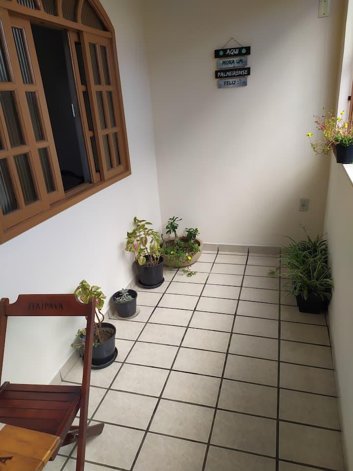 Quarto amplo e confortável em Vila Velha/ES