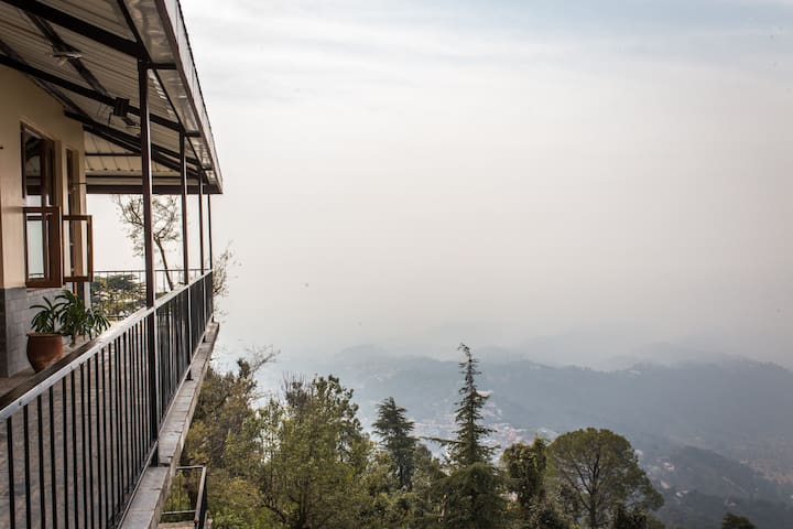 Newly built in a quiet area -Room 2 - McLeodganj, Dharamsala  - Bed & Breakfast