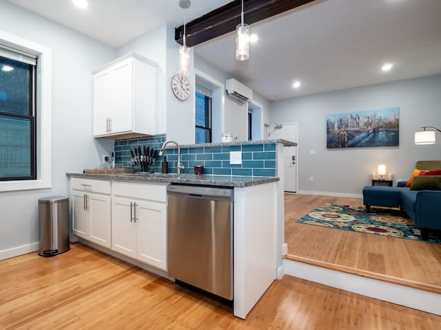Amazing Condo in the Heart of Downtown OTR