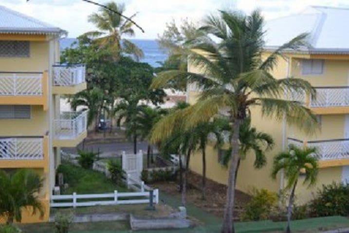 Studio BLEUAZUR plage vue mer