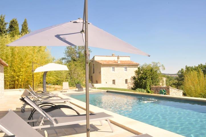 JAS Gibony,  Demeure de rêve et piscine chauffée. - Sainte-Croix-à-Lauze - Villa